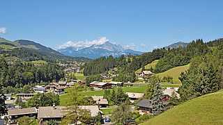 Wunderschöner Blick auf Fieberbrunn in Österreich